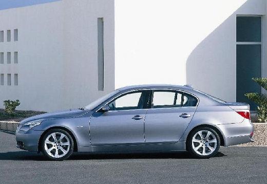 BMW Seria 5 sedan silver grey boczny lewy
