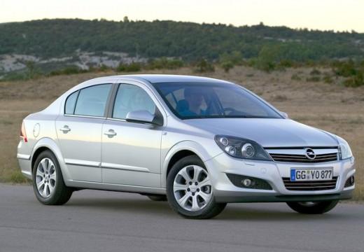 OPEL Astra III sedan silver grey przedni prawy