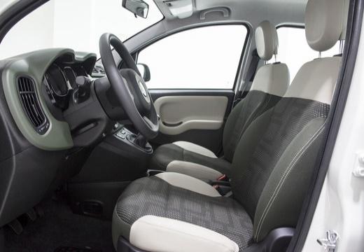FIAT Panda III hatchback biały wnętrze