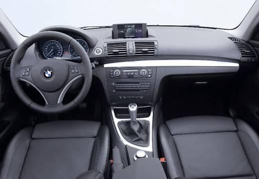BMW Seria 1 E82 I coupe tablica rozdzielcza