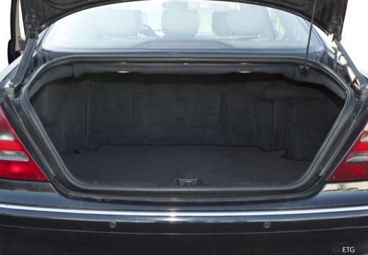 MERCEDES-BENZ Klasa S W 220 II sedan przestrzeń załadunkowa