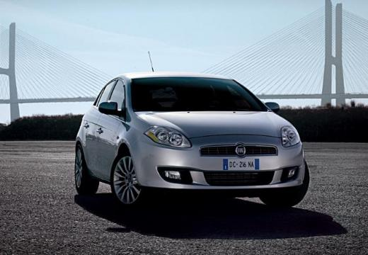 FIAT Bravo II hatchback silver grey przedni prawy