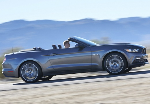 FORD Mustang Convertible I kabriolet szary ciemny boczny prawy