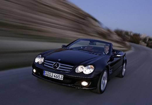 MERCEDES-BENZ Klasa SL roadster czarny przedni lewy