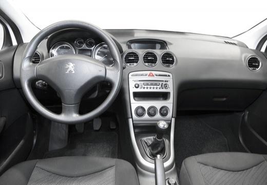 PEUGEOT 308 II hatchback tablica rozdzielcza
