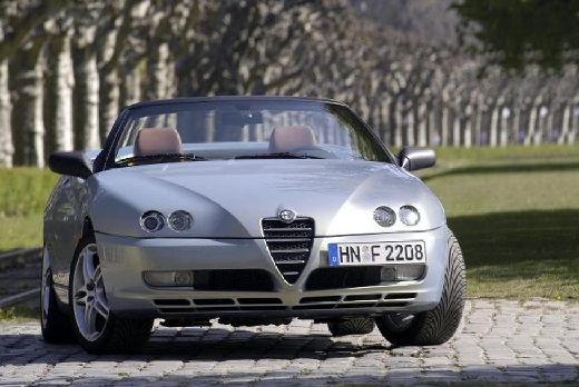 ALFA ROMEO Spider kabriolet silver grey przedni prawy