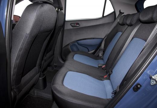 HYUNDAI i10 III hatchback niebieski jasny wnętrze