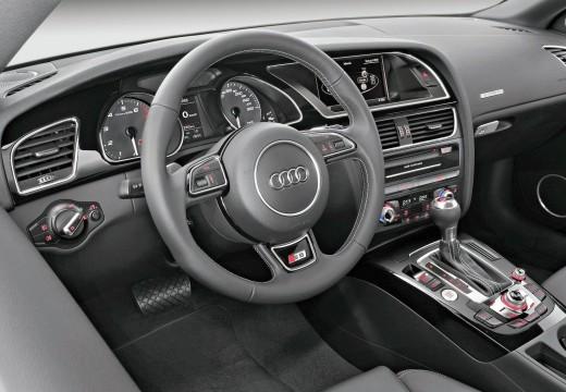 AUDI A5 II coupe tablica rozdzielcza
