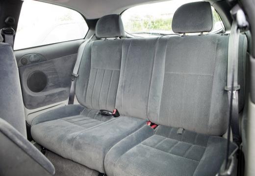 ALFA ROMEO 147 I hatchback wnętrze