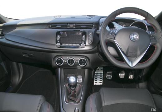 ALFA ROMEO Giulietta III hatchback tablica rozdzielcza