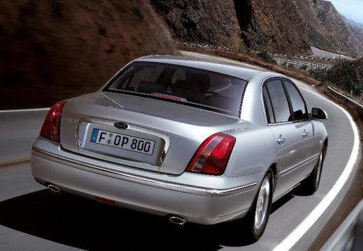 KIA Opirus II sedan silver grey tylny prawy