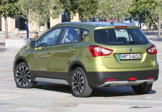 SUZUKI SX4 S-cross I hatchback złoty tylny lewy