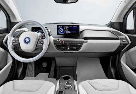 BMW i3 hatchback tablica rozdzielcza