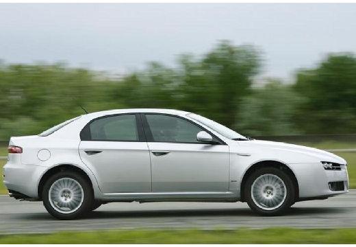 ALFA ROMEO 159 I sedan silver grey boczny prawy