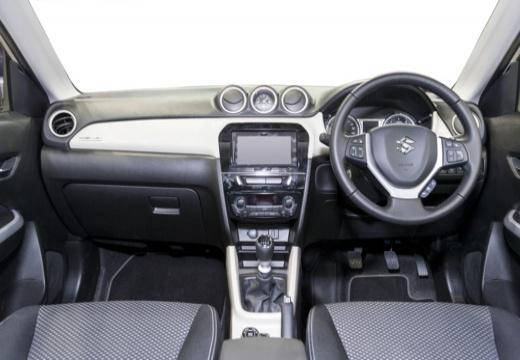 SUZUKI Vitara II hatchback biały tablica rozdzielcza