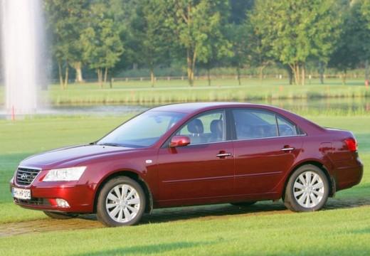 HYUNDAI Sonata VII sedan czerwony jasny przedni lewy