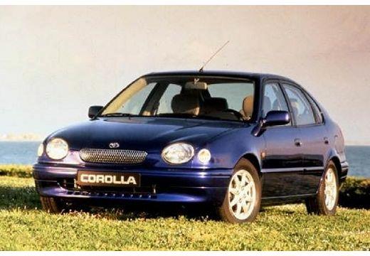 Toyota Corolla Liftback IV hatchback niebieski jasny przedni lewy
