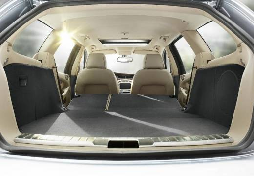 JAGUAR X-Type Estate II kombi silver grey przestrzeń załadunkowa