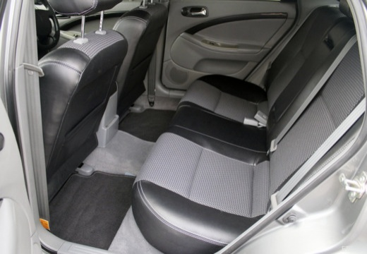 CHEVROLET Lacetti hatchback wnętrze