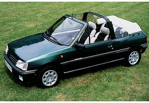 PEUGEOT 205 Cabriolet kabriolet zielony górny przedni