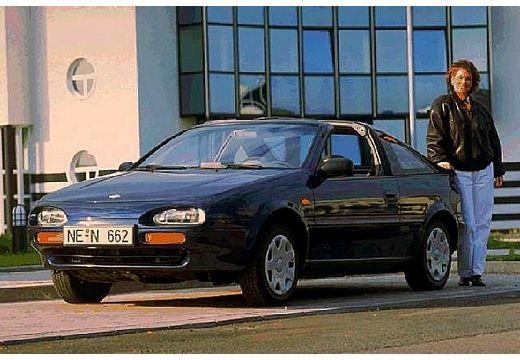 NISSAN 100 NX Coupe I targa czarny przedni lewy