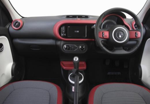 RENAULT Twingo VI hatchback czerwony jasny tablica rozdzielcza