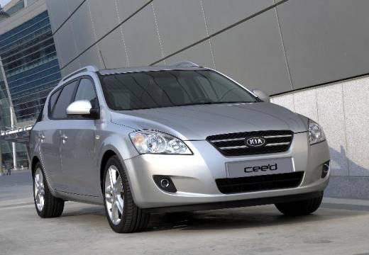 KIA Ceed Sporty Wagon I kombi silver grey przedni prawy
