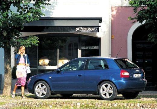 AUDI A3 /S3 8L II hatchback niebieski jasny tylny lewy