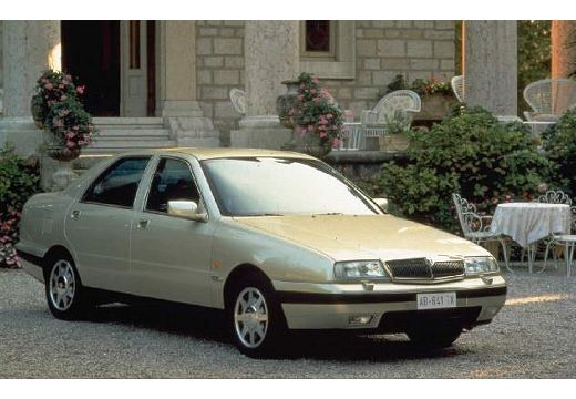 LANCIA Kappa sedan przedni prawy