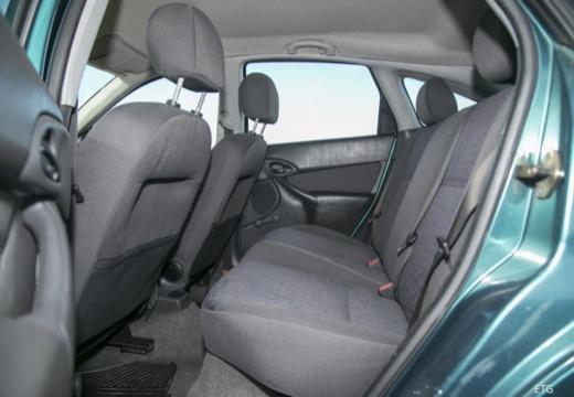 FORD Focus I hatchback niebieski jasny wnętrze