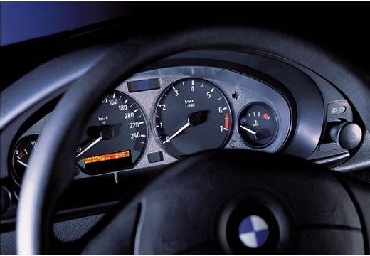 BMW Seria 3 Compact E36 hatchback tablica rozdzielcza