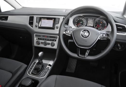 VOLKSWAGEN Golf VII Sportsvan I hatchback niebieski jasny tablica rozdzielcza