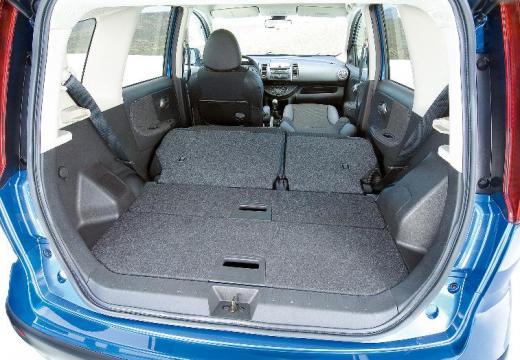 NISSAN Note I hatchback przestrzeń załadunkowa