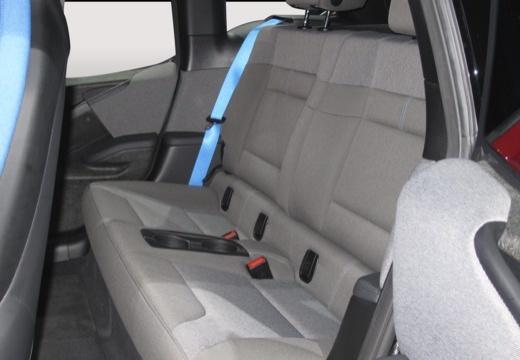 BMW i3 I01 II hatchback wnętrze