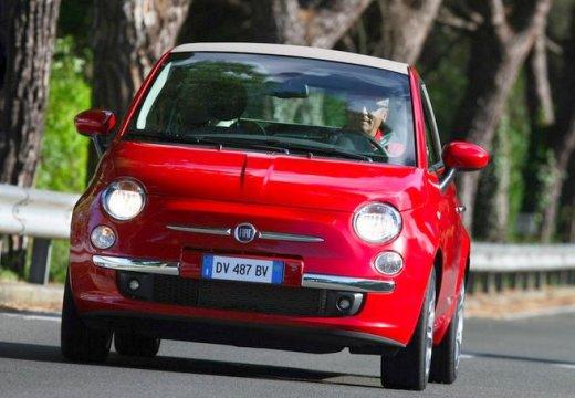FIAT 500 kabriolet czerwony jasny przedni