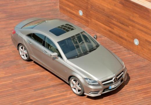 MERCEDES-BENZ Klasa CLS sedan silver grey przedni prawy
