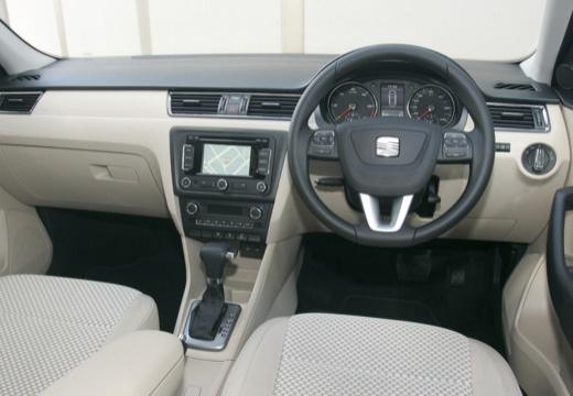 SEAT Toledo IV hatchback tablica rozdzielcza