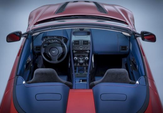 ASTON MARTIN Vantage roadster czerwony jasny górny tylny