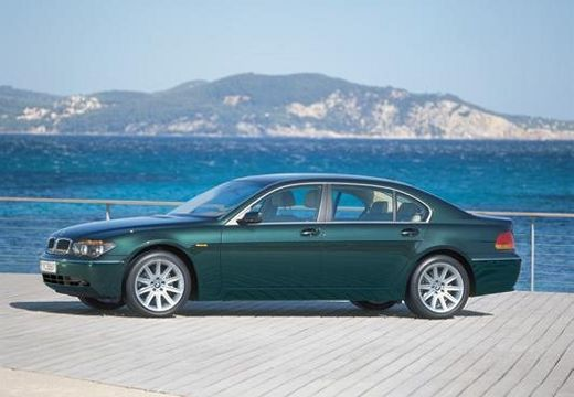 BMW Seria 7 E65 E66 I sedan zielony przedni lewy