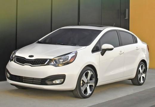 KIA Rio sedan biały przedni lewy