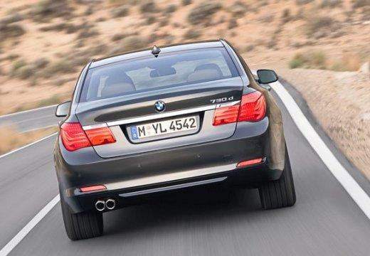 BMW Seria 7 F01 F02 I sedan czarny tylny prawy
