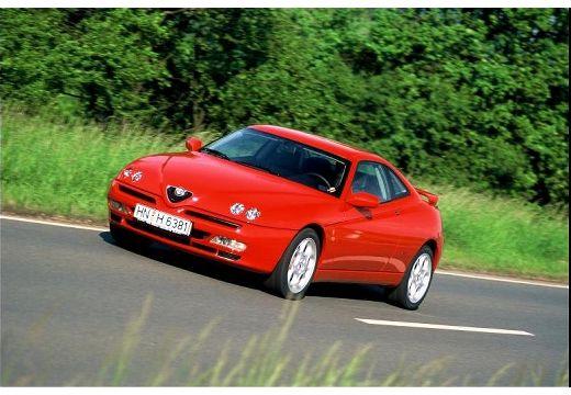 ALFA ROMEO GTV coupe czerwony jasny przedni lewy