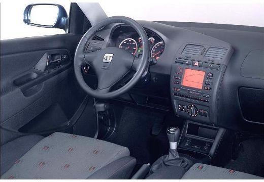 SEAT Ibiza III hatchback tablica rozdzielcza
