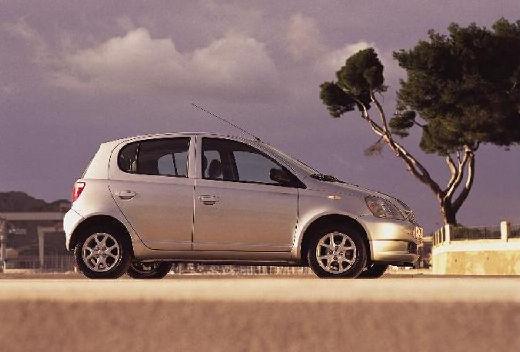Toyota Yaris Hatchback I