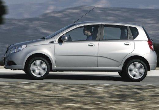 CHEVROLET Aveo II hatchback biały boczny lewy