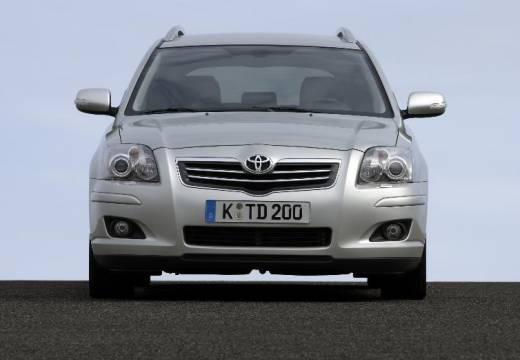 Toyota Avensis 1.6 VVT-i Terra Kombi IV 110KM (benzyna)