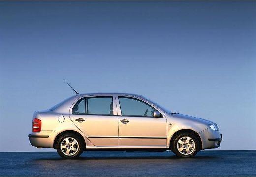 SKODA Fabia II sedan silver grey boczny prawy