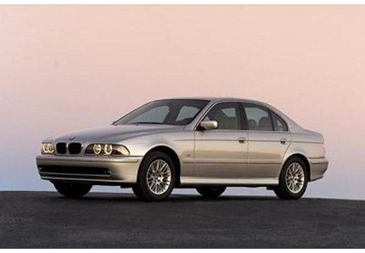 BMW Seria 5 E39 sedan szary ciemny przedni lewy