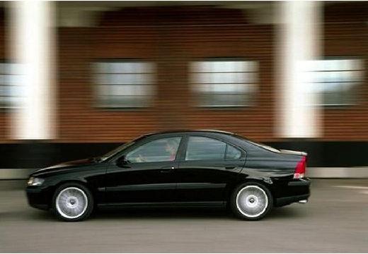 VOLVO S60 I sedan czarny boczny lewy