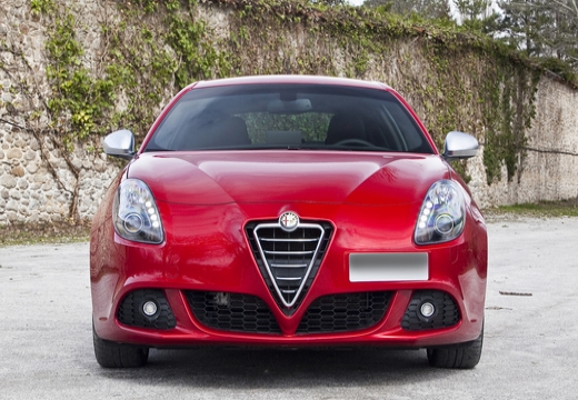 ALFA ROMEO Giulietta hatchback przedni